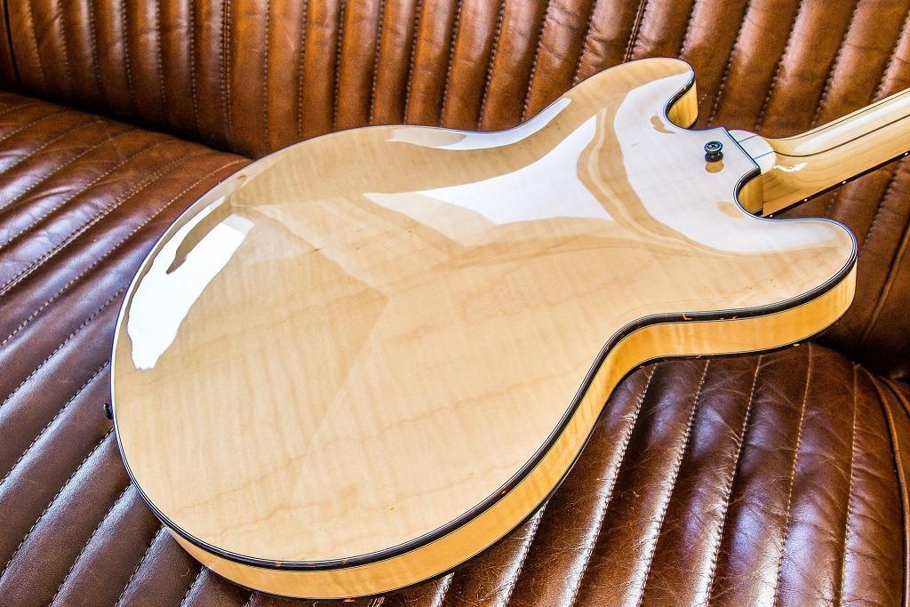 http://www.guitarsmadeinjapan.fr/forums/img/gallery/143262_1561669765.jpg