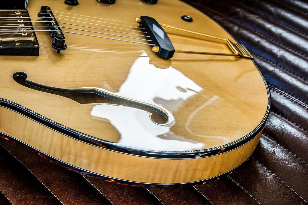 http://www.guitarsmadeinjapan.fr/forums/img/gallery/143262_1561669798.jpg