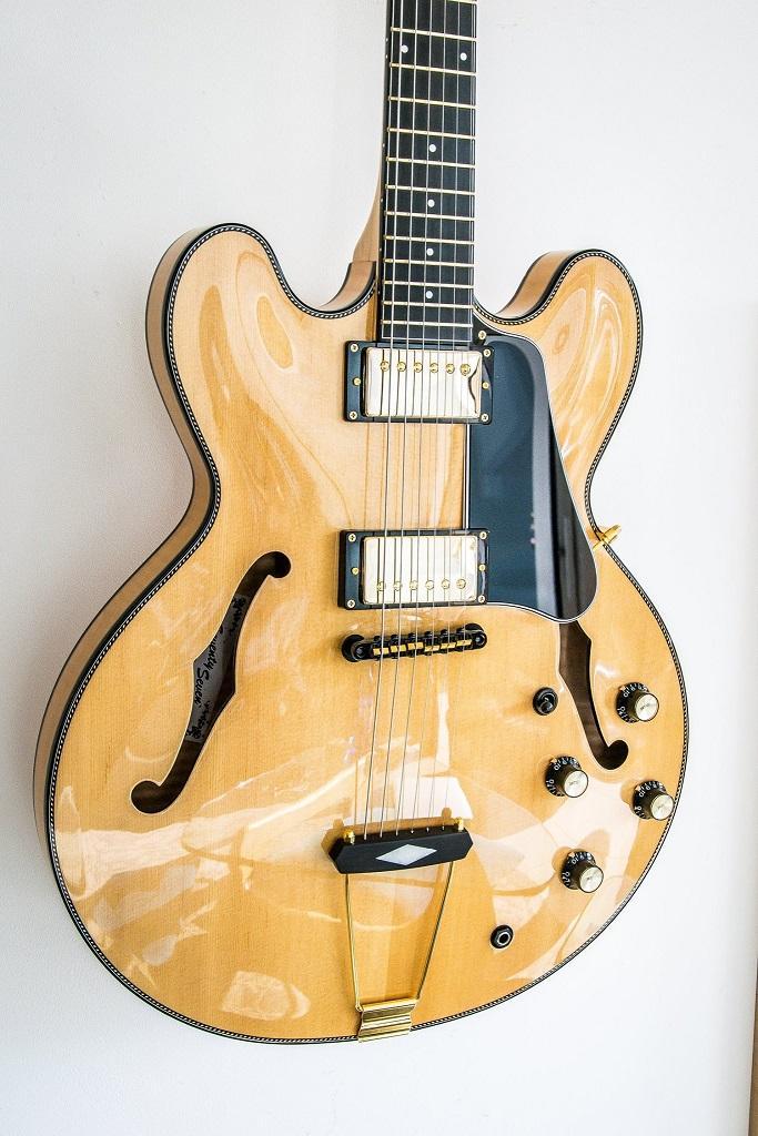 http://www.guitarsmadeinjapan.fr/forums/img/gallery/143262_1561669863.jpg