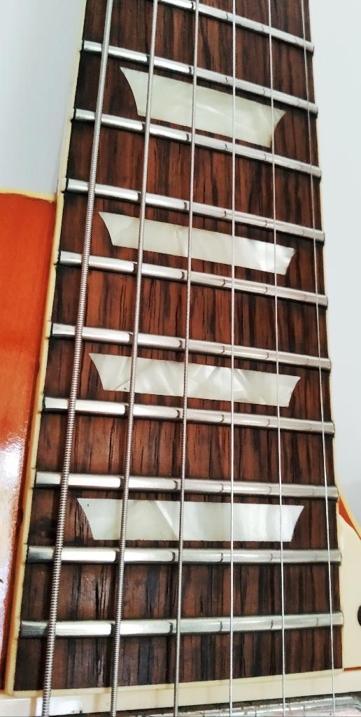 http://www.guitarsmadeinjapan.fr/forums/img/gallery/143341_1594326485.jpg