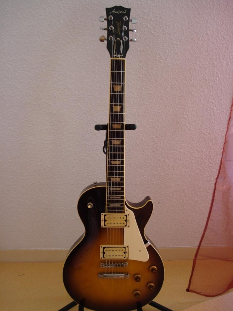 http://www.guitarsmadeinjapan.fr/forums/img/gallery/321_1239396364.jpg