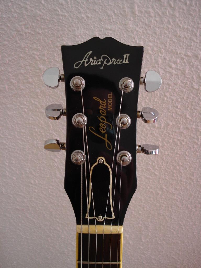 http://www.guitarsmadeinjapan.fr/forums/img/gallery/321_1239396977.jpg