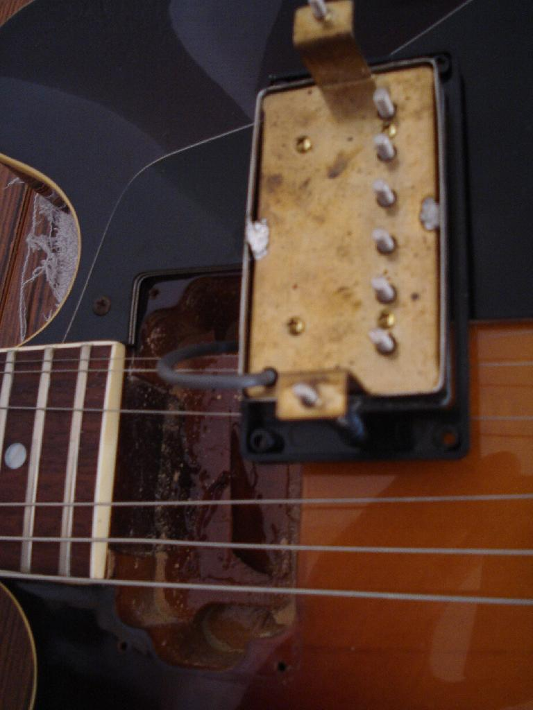 http://www.guitarsmadeinjapan.fr/forums/img/gallery/321_1281132435.jpg
