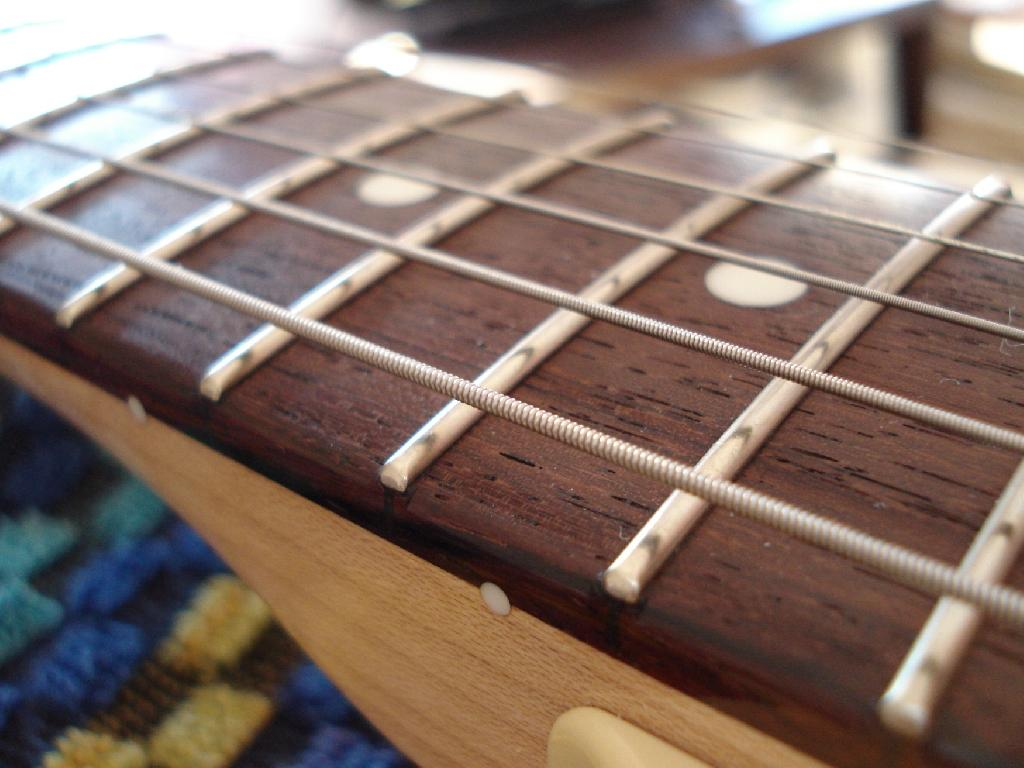 http://www.guitarsmadeinjapan.fr/forums/img/gallery/321_1338310347.jpg