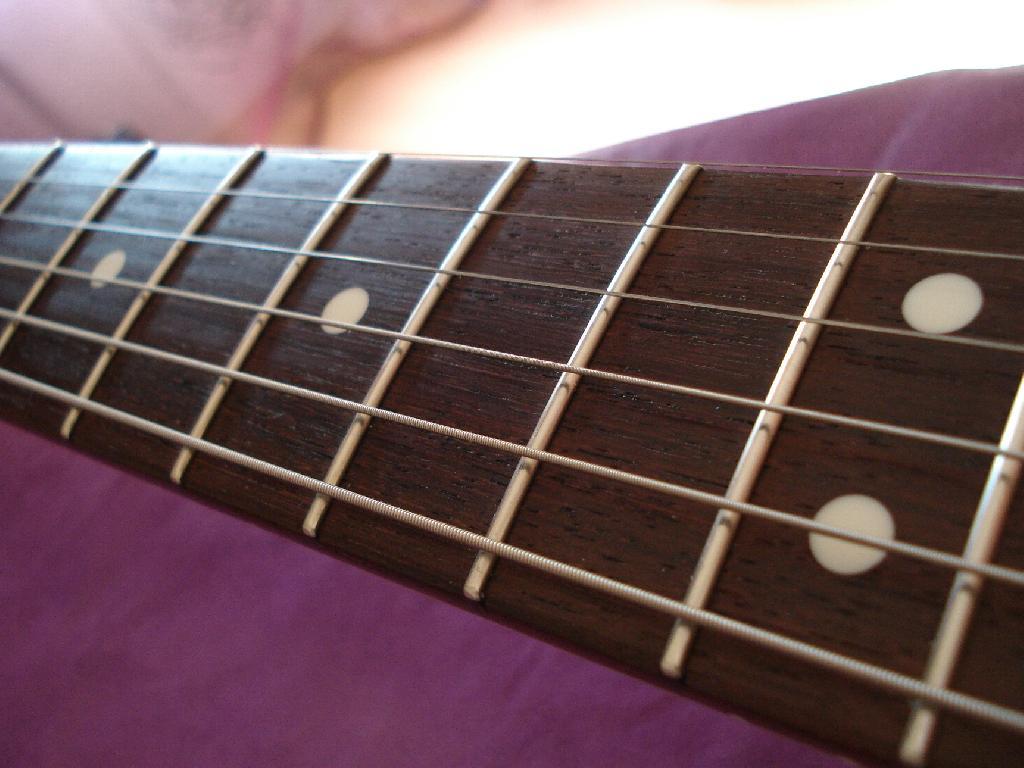 http://www.guitarsmadeinjapan.fr/forums/img/gallery/321_1338310401.jpg