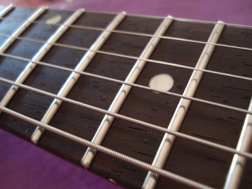 http://www.guitarsmadeinjapan.fr/forums/img/gallery/321_1338310636.jpg