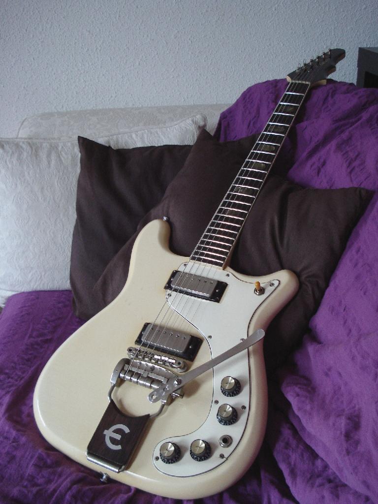 http://www.guitarsmadeinjapan.fr/forums/img/gallery/321_1369486687.jpg