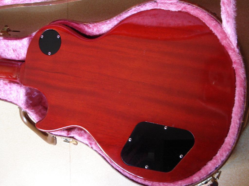 http://www.guitarsmadeinjapan.fr/forums/img/gallery/321_1373219166.jpg
