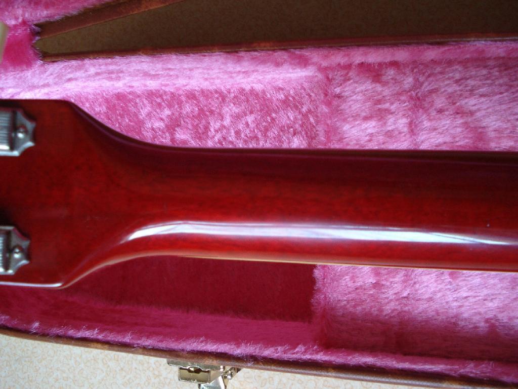 http://www.guitarsmadeinjapan.fr/forums/img/gallery/321_1373219242.jpg