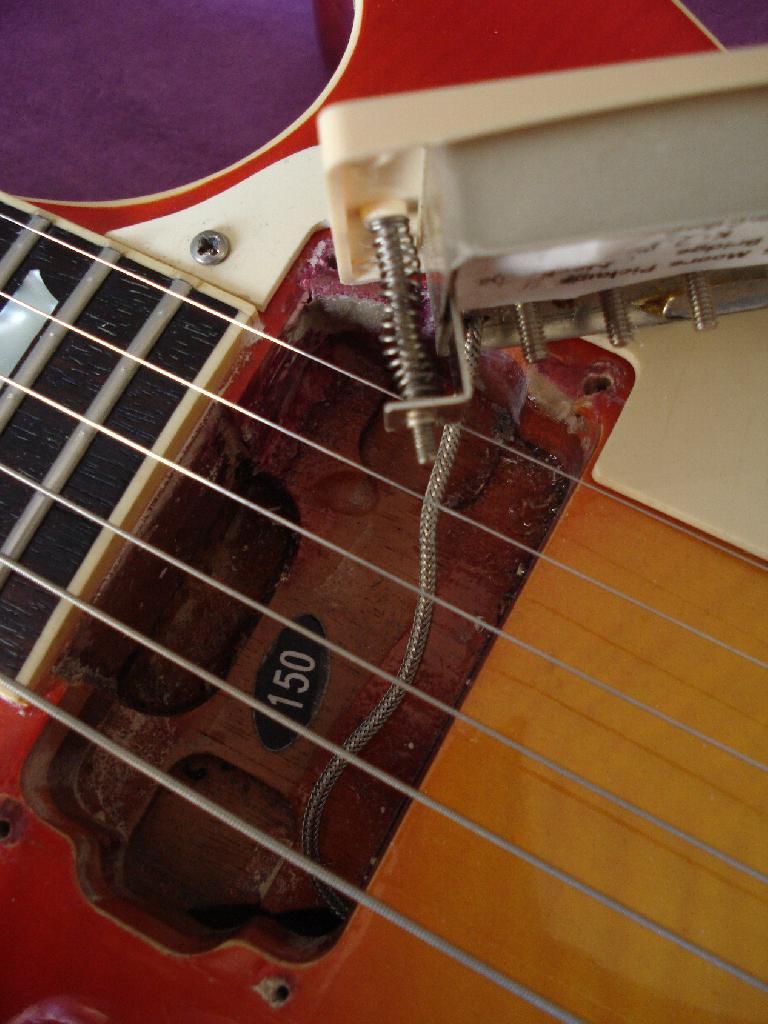 http://www.guitarsmadeinjapan.fr/forums/img/gallery/321_1373293579.jpg