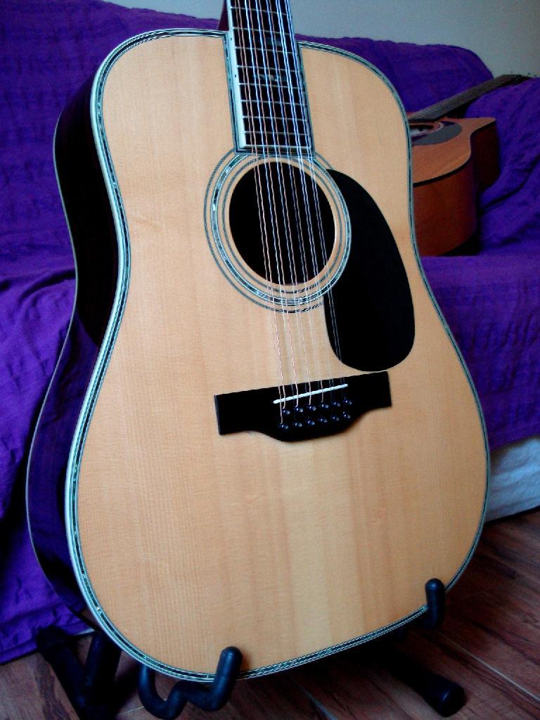 http://www.guitarsmadeinjapan.fr/forums/img/gallery/321_1402581989.jpg