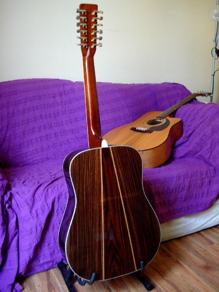 http://www.guitarsmadeinjapan.fr/forums/img/gallery/321_1402582042.jpg