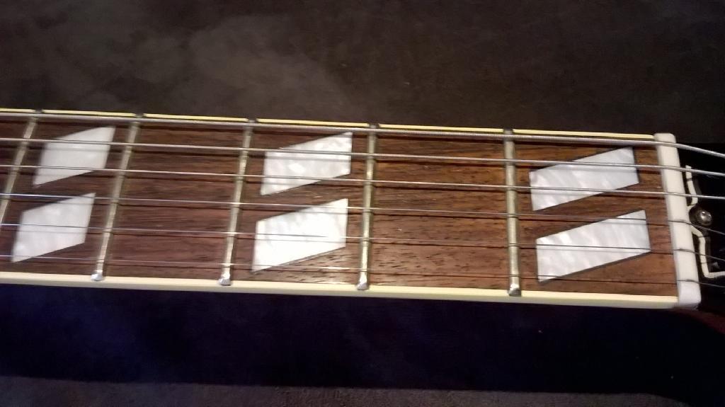 http://www.guitarsmadeinjapan.fr/forums/img/gallery/321_1583069117.jpg