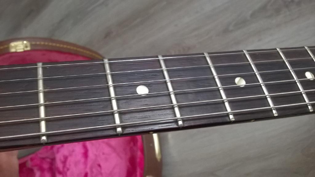 http://www.guitarsmadeinjapan.fr/forums/img/gallery/321_1601126840.jpg