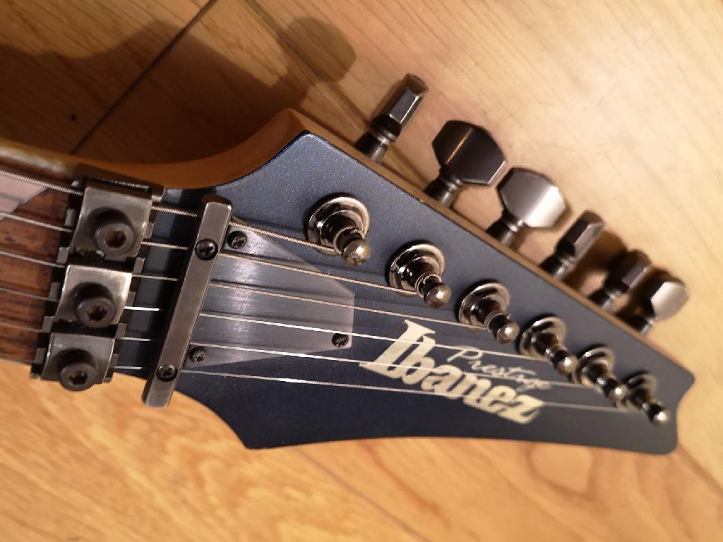 http://www.guitarsmadeinjapan.fr/forums/img/gallery/484_1597351253.jpg